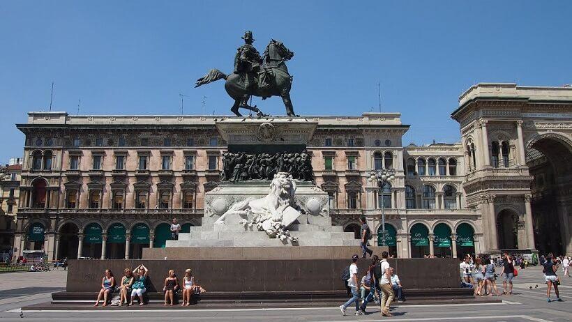 Monumento Equestre de Vittorio Emanuele II em Milão