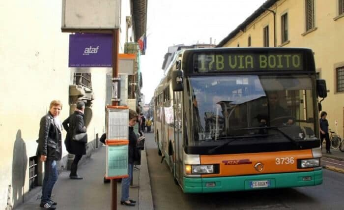 Ônibus em Florença