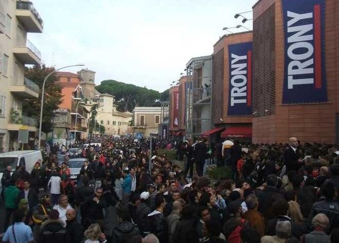 Lojas Saturn, Media World e Trony para comprar eletrônicos em Roma