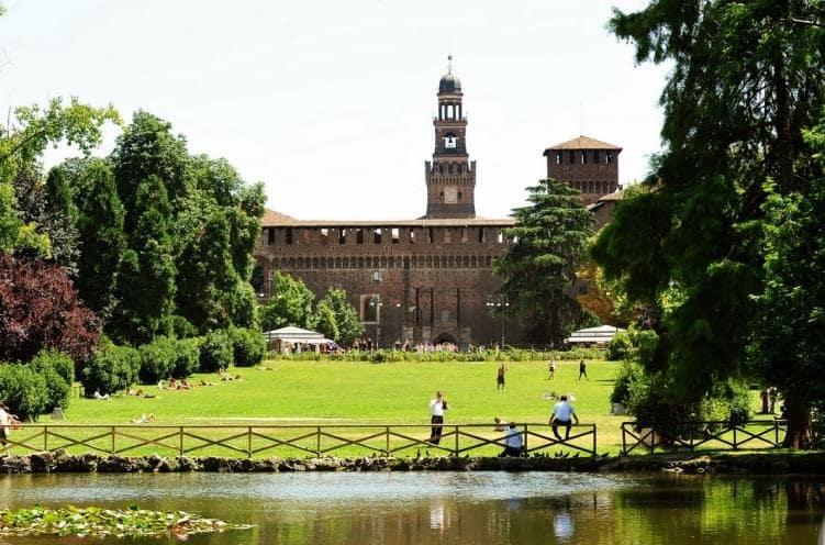 Castelo Sforzesco em Milão na Itália