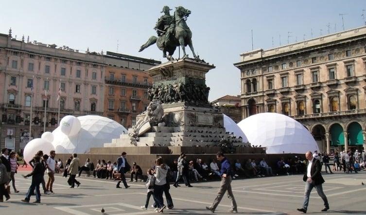 Praça do Duomo em Milão
