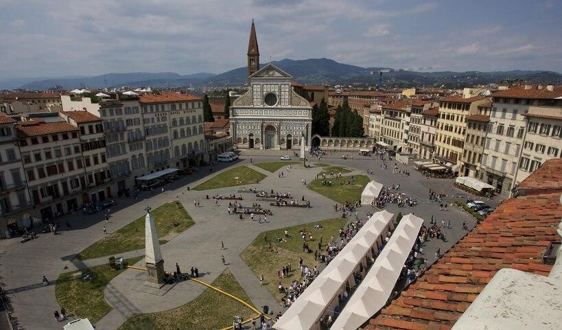Praças em Florença