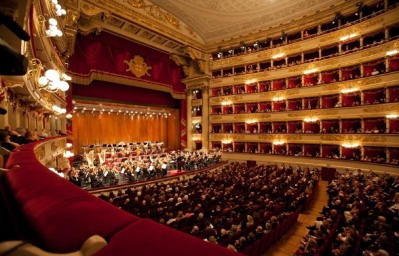 Teatro Alla Scala na cidade de Milão