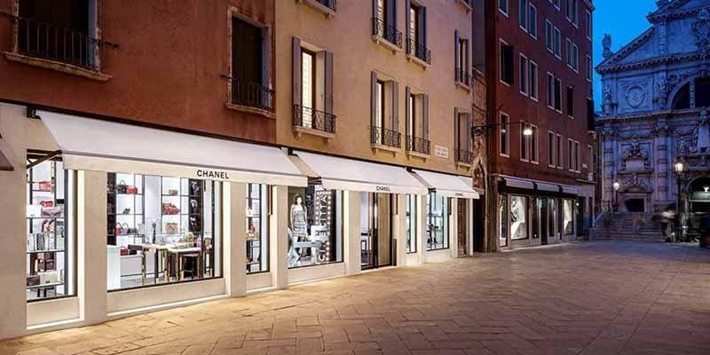 Calle Larga XXII Marzo em Veneza