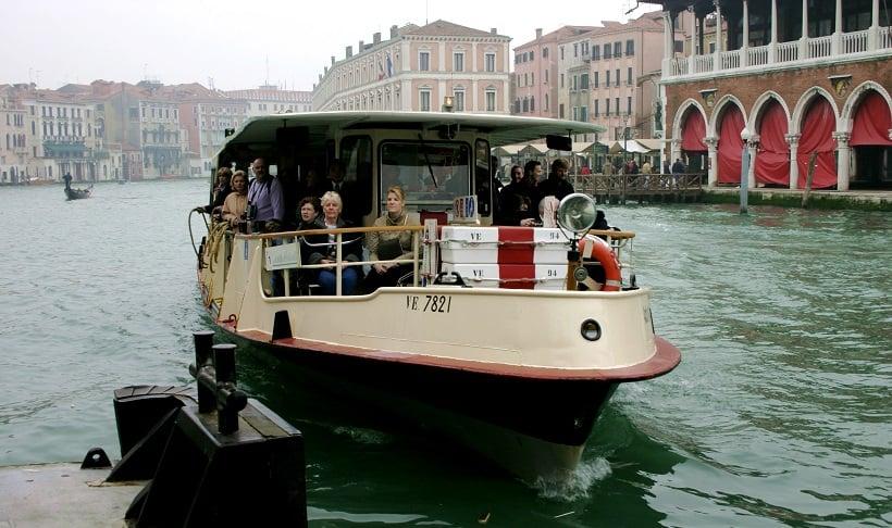 Passeios no Grande Canal de Veneza