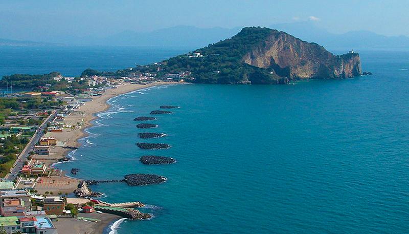 Praia de Miliscolaem Nápoles