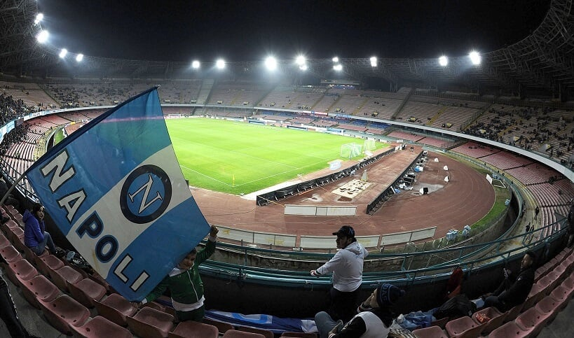 Estádio San Paolo em Napoli