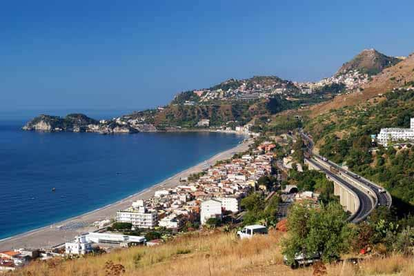 Praias na Sicília