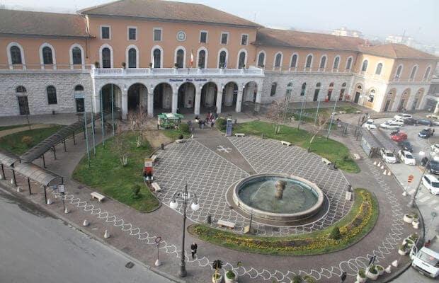 Região próxima à estação Pisa Centrale em Pisa