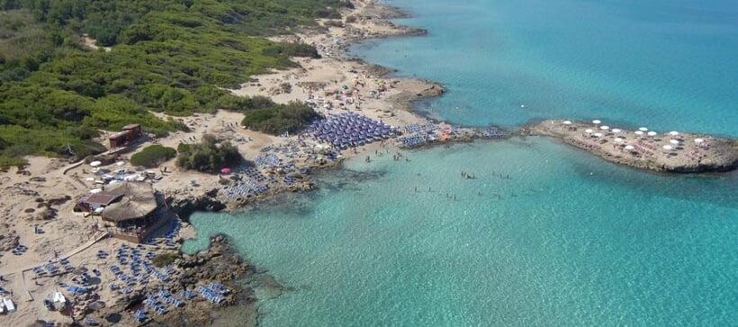 Praia Punta della Suina no sul da Itália