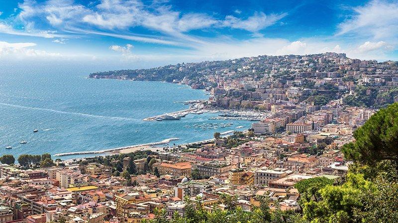 Vista da cidade de Nápoles