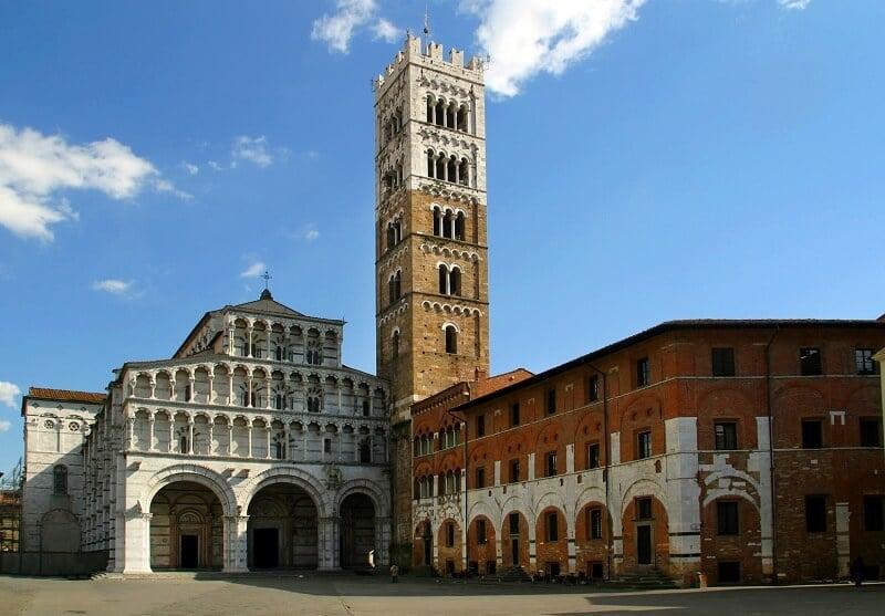 Cidade de Lucca em Toscana