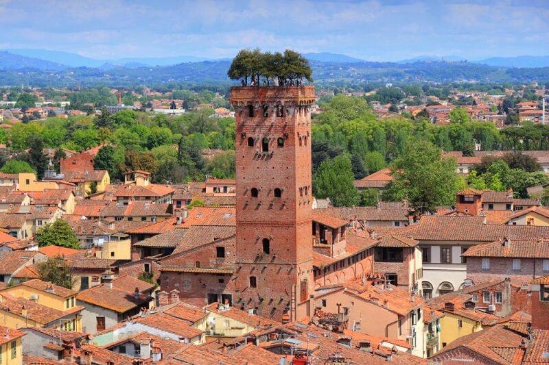 Guinigi Tower em Lucca, na Itália