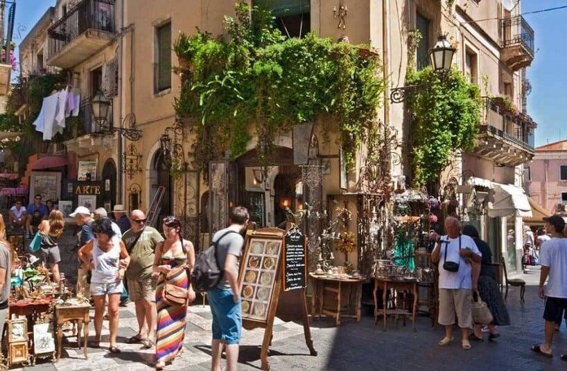 Corso Umberto em Taormina