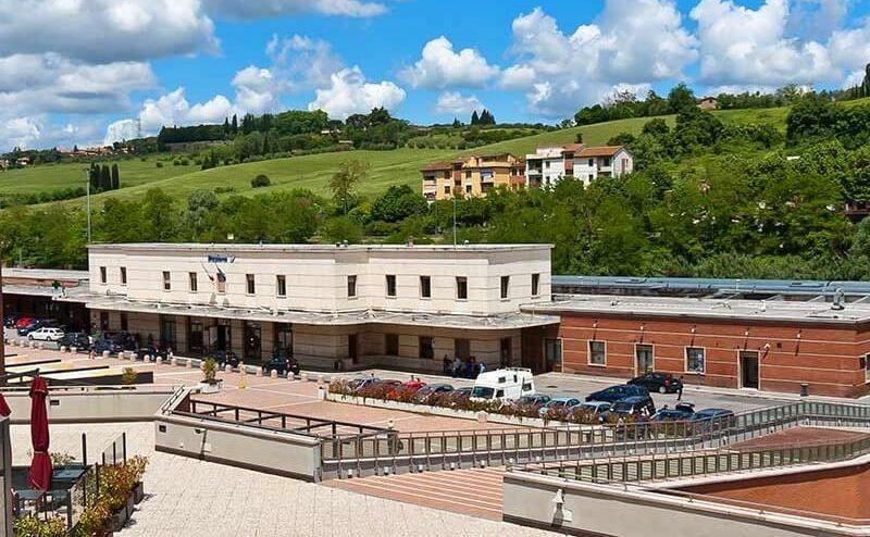 Estação de trem em Siena