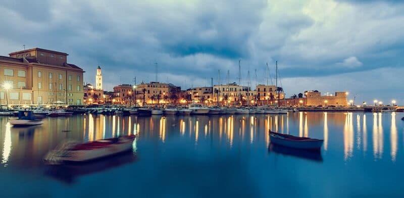 Vista da cidade de Bari na Itália