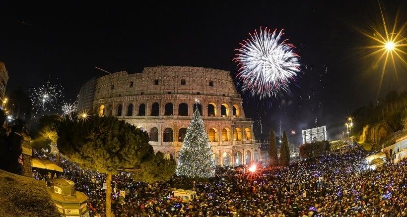 Ano Novo sendo comemorado no Colsieu de Roma