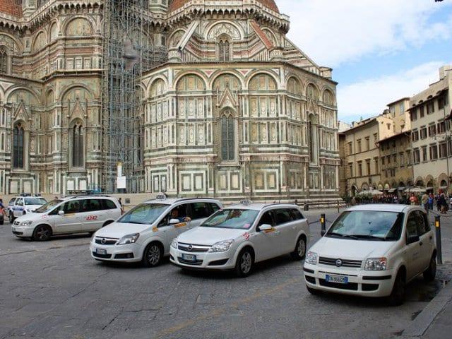 Vale a pena alugar carro em Florença?
