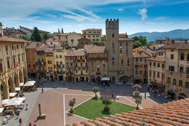 Piazza Grande em Arezzo