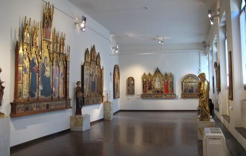 Obras expostas na Pinacoteca Nazionale di Siena