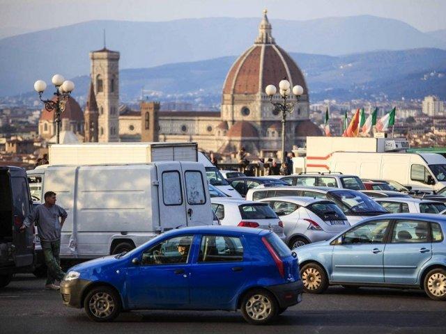 Aluguel de carro no aeroporto de Florença