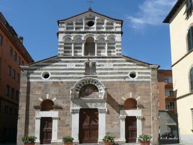 Piazza San Giusto em Lucca