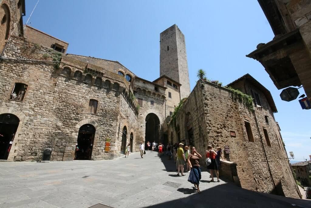 Arco dei Becci e Torre dei Becci