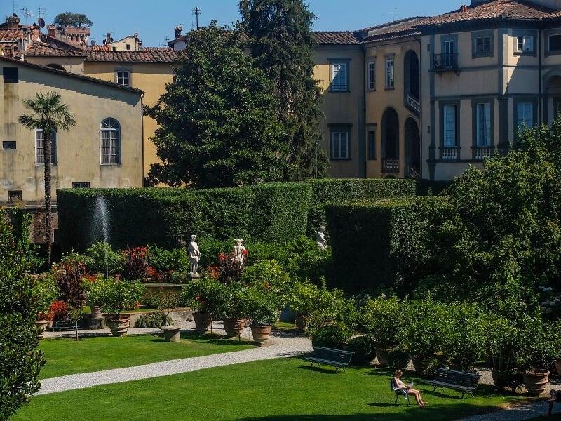 Jardim da Villa Mansi em Lucca