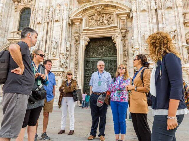 Ingressos para clássica caminhada privada por Milão