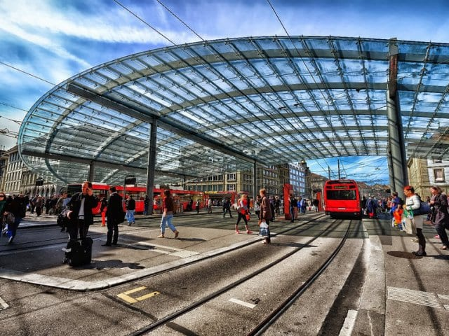 Viagem de trem de Milão a Berna