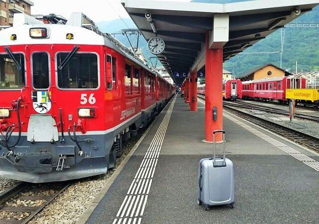 Viagem de trem de Tirano a Milão