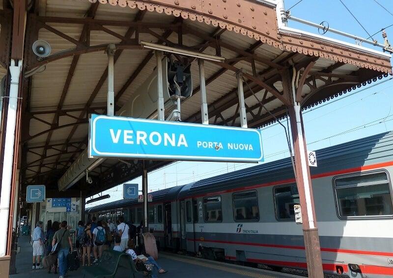 Viagem de trem de Verona a Florença