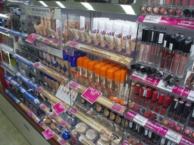 Onde comprar maquiagem em Florença