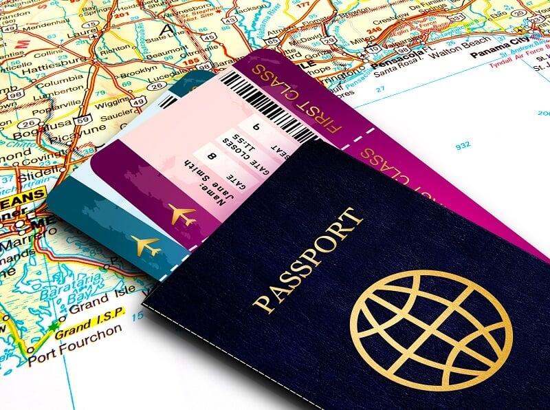 Passaporte e passagens para a Itália