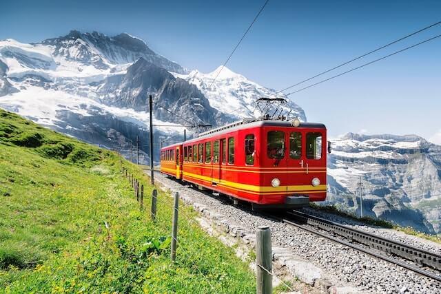 Trem na Suíça