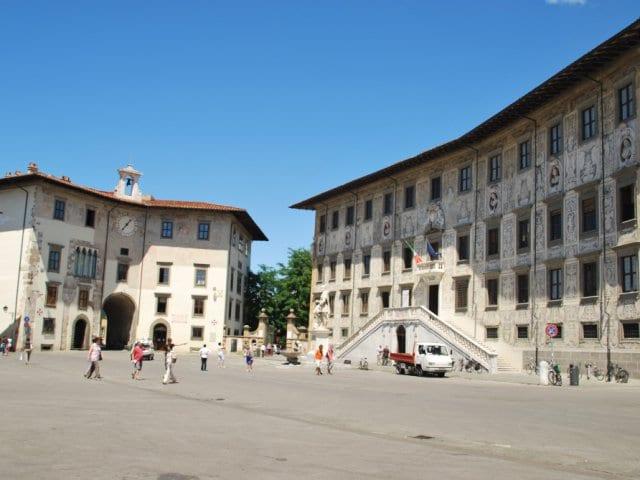 Piazza dei Cavalieri em Pisa