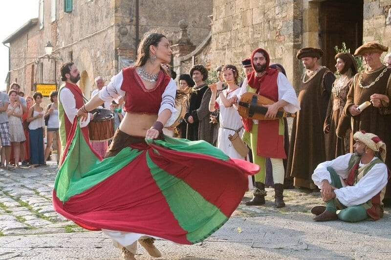 Festa medieval em Monteriggione