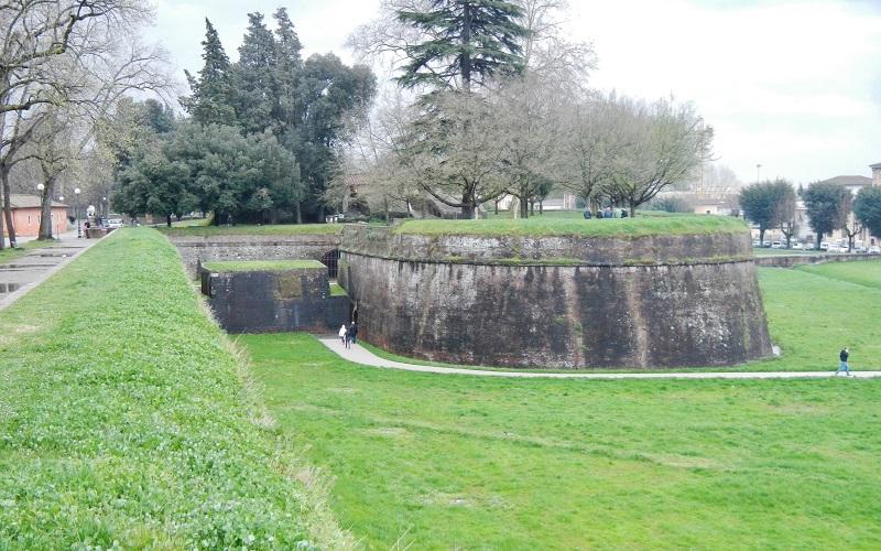 Muralha de Lucca