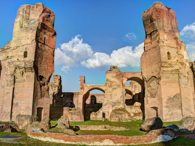 Ingressos para visita guiada pelas Termas de Caracalla em Roma