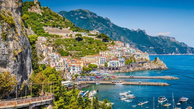 Vista de Sorrento na Itália