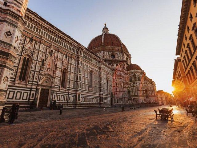 Ingressos para visita guiada pelas galerias Uffizi e Accademia e por Florença