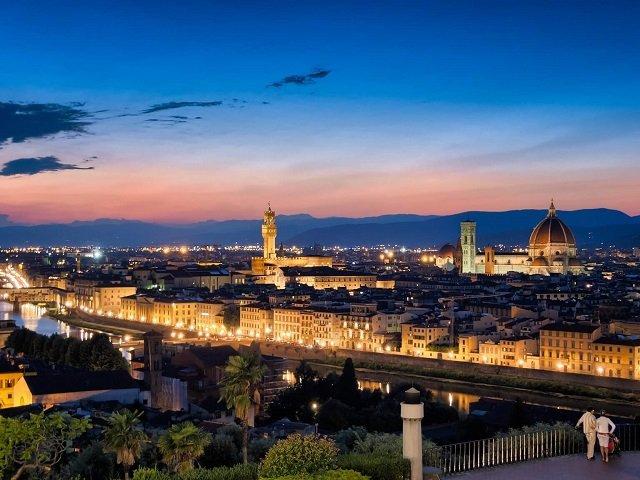 Como enviar dinheiro para Florença