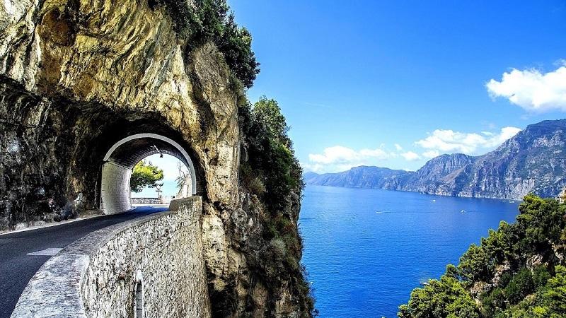 Estrada em Capri