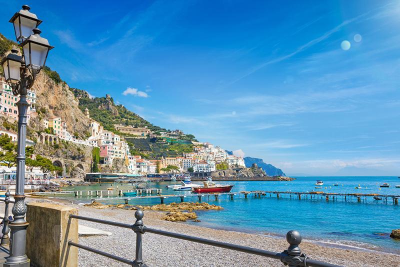Cenário do Porto de Amalfi