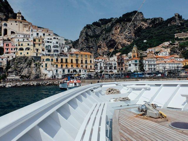 Principais destinos de ferry saindo de Salerno