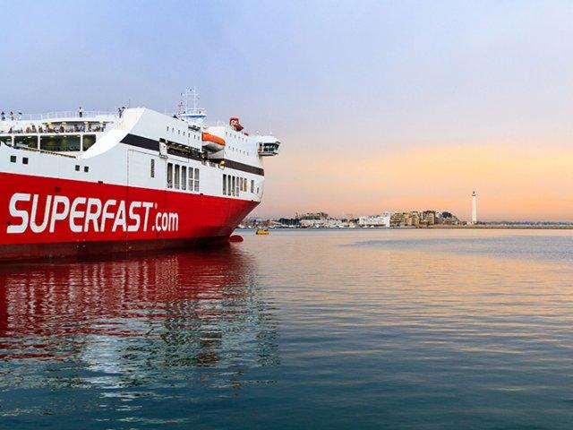 Como ir da Itália à Grécia de ferry