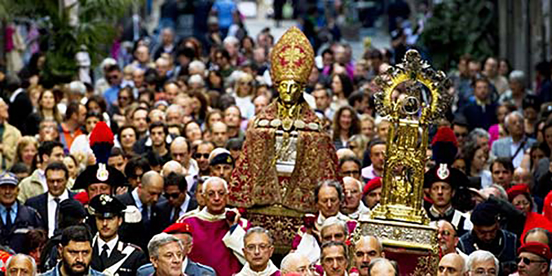 Procissão de San Gennaro em Nápoles