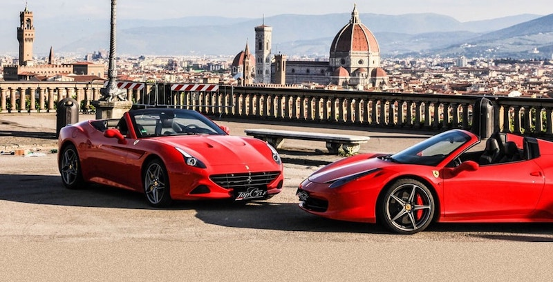 Carros em Florença